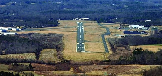 Burlington NC Airport runway